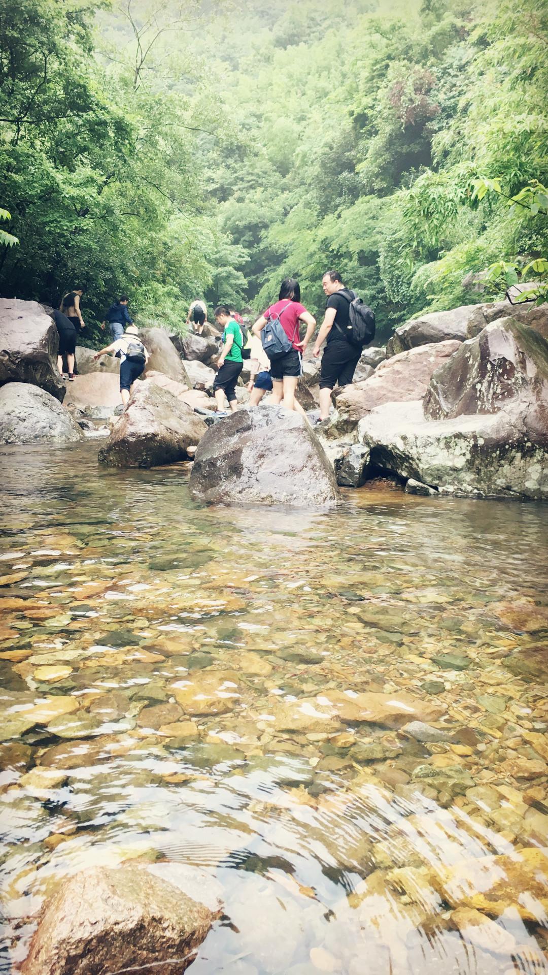 溯溪初体验 - 米多饭香